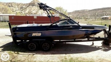 MB Sports 220 V, 24', for sale - $31,500