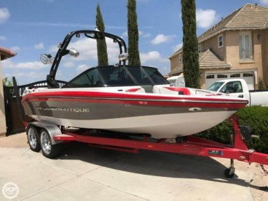 Correct Craft Super Air Nautique 210, 21', for sale - $69,500