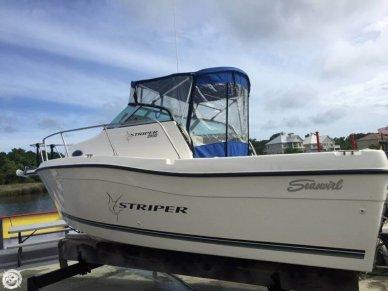 Seaswirl Striper 2100 WA, 21', for sale - $12,500