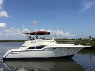 Cruisers 4280 Express Bridge, 42', for sale - $27,500