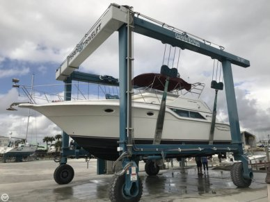 Cruisers 4280 Express Bridge, 42', for sale - $25,500