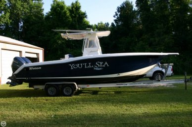 Triton 2895 CC, 29', for sale - $52,500