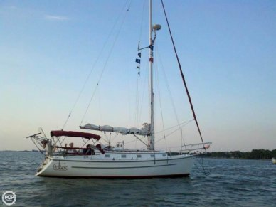 Com-Pac 35, 37', for sale - $89,500