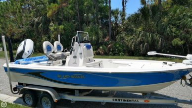 Blue Wave 2000 Pure Bay, 19', for sale