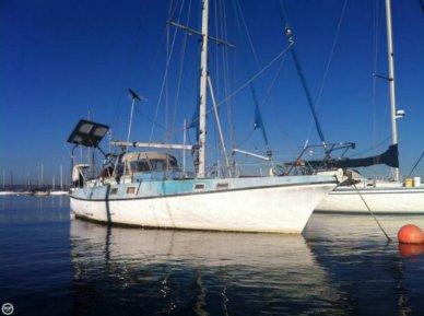 Yorktown 39C, 38', for sale - $12,500