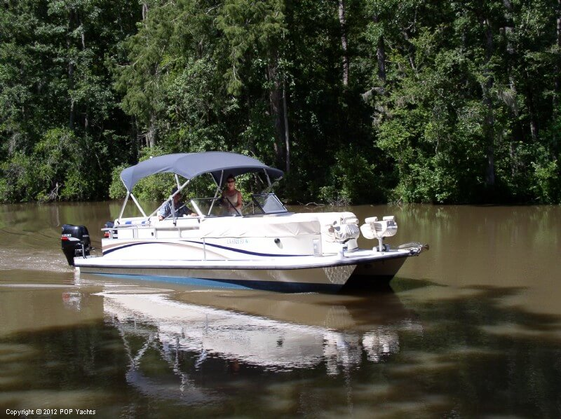 Bennington Custom Catamaran 26, 26', for sale - $40,000