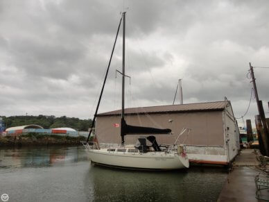 S2 Yachts 9.2, 29', for sale - $15,000