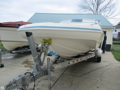 Hurricane 237 Sun Deck, 23', for sale - $23,250
