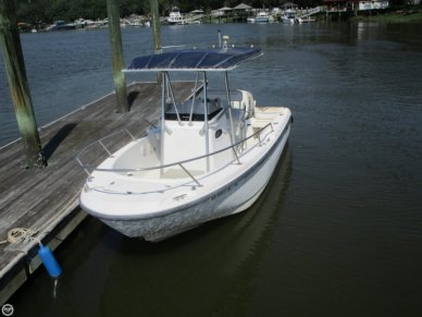 Boston Whaler 21 Outrage, 21, for sale - $29,000