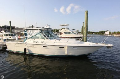 Pursuit 3100 Express Fisherman, 33', for sale - $46,900