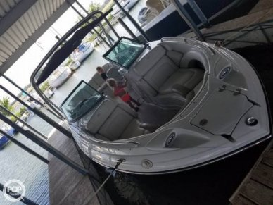Crownline 25, 25', for sale - $42,300