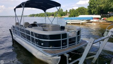 South Bay 522 FCR, 23', for sale - $31,400