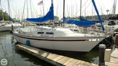 O'day 32, 31', for sale - $16,900