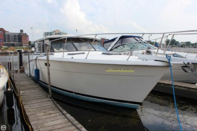 Trojan 36 Hardtop Salon, 36', for sale - $19,000