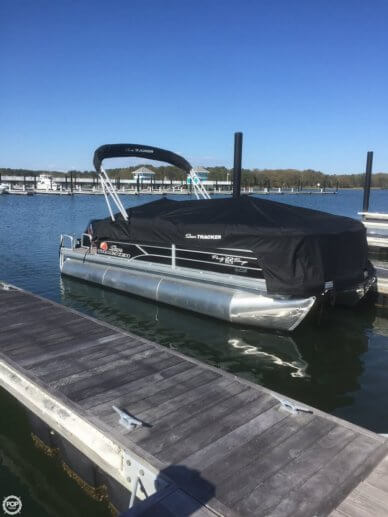 Sun Tracker 22 DLX XP3 Party Barge, 22', for sale - $27,500