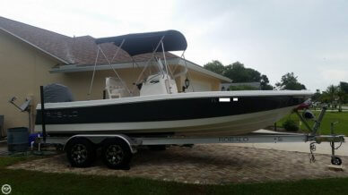 Robalo 206 Cayman, 20', for sale - $35,000