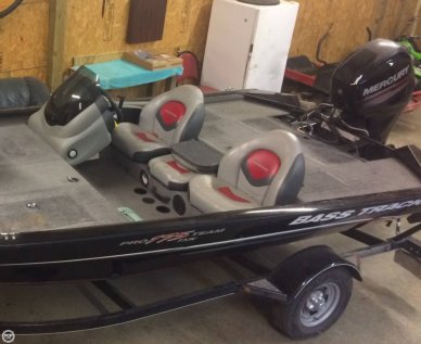 Bass Tracker 175TXW, 17', for sale - $16,000