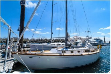 Cheoy Lee 35, 36', for sale - $27,800