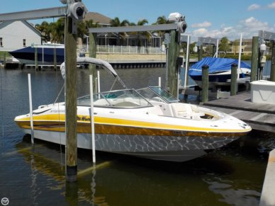 Four Winns 240 Horizon, 24', for sale - $27,700
