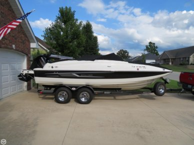 Bayliner 210 Deck Boat, 20', for sale