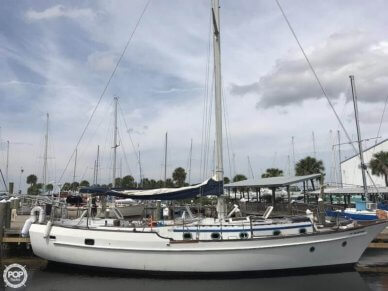 CSY 44 Center Cockpit Cutter, 44', for sale - $27,800
