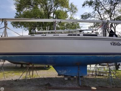 Catalina 42, 41', for sale - $64,500