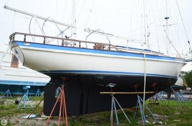 Fuji 35, 34', for sale - $12,900