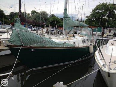 Pearson 32, 32', for sale - $17,000