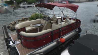 Crest I 200 SF, 21', for sale - $35,600