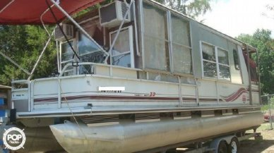 Sun Tracker Party Hut 30, 30, for sale - $18,900