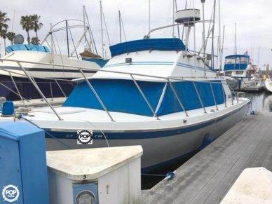 Luhrs 320 Flybridge Cruiser, 32', for sale - $25,000
