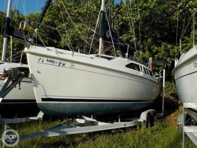 Hunter 260, 26', for sale - $21,900
