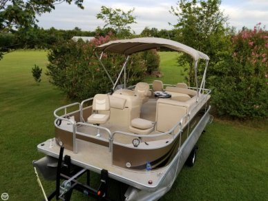 Godfrey Sweetwater 2086FC4, 20', for sale