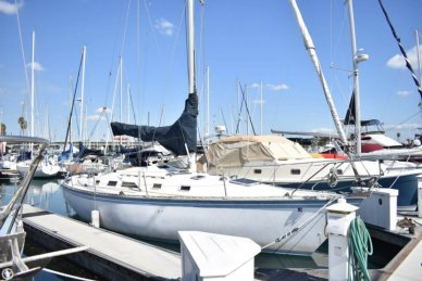 Hunter 34, 34', for sale - $22,500