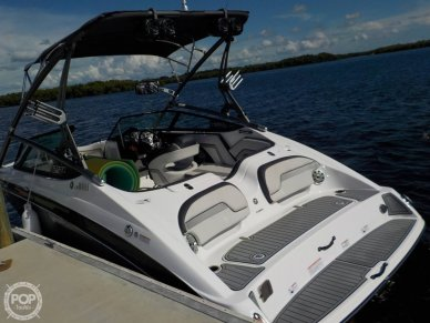 Yamaha 212X, 21', for sale - $41,000