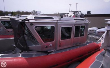 SAFE Boats Internati 25 Defender Full Cabin, 25', for sale - $150,000