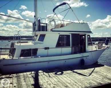 Marine Trader 34 DC, 33', for sale - $17,500