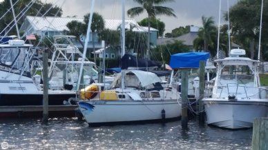 S2 Yachts S2 9.2 C, 29', for sale - $16,250