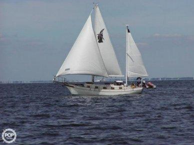 Island Trader 38 Masthead Ketch, 37', for sale - $49,000