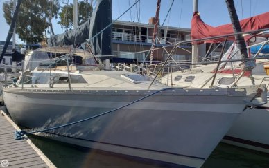 O'day 322, 32', for sale - $25,500
