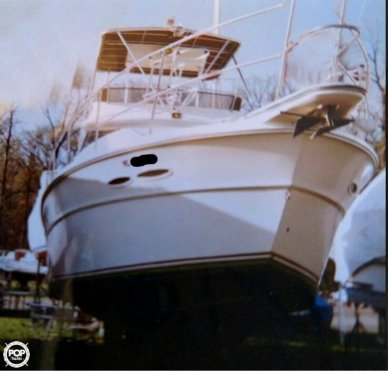 Sea Ray SRV390, 40', for sale - $26,700