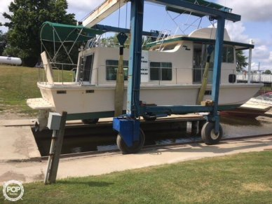 Holiday Barracuda Aft Cabin 37, 37', for sale - $35,000