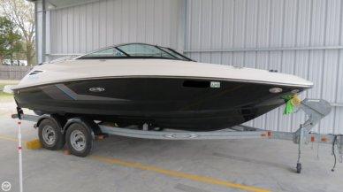 Sea Ray 220 Sun Deck, 22', for sale - $39,400