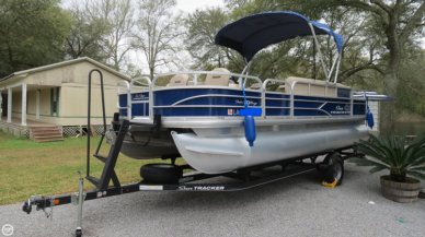Sun Tracker 20 DLX Fishing Barge, 20, for sale