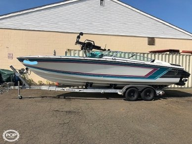 Formula F272 SR1, 28', for sale - $11,000