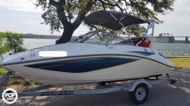Bombardier Sea Doo Challenger 180, 17', for sale - $15,550