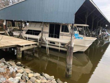 Holiday 38 Coastal Barracuda, 37', for sale - $20,000