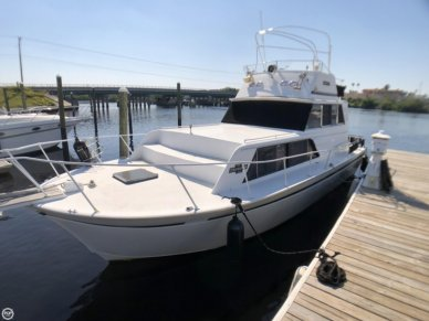 Marinette 32, 32, for sale