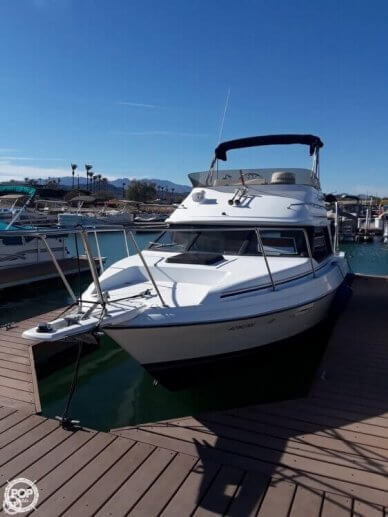 Bayliner Ciera 2556 CNV SF, 25', for sale - $18,750