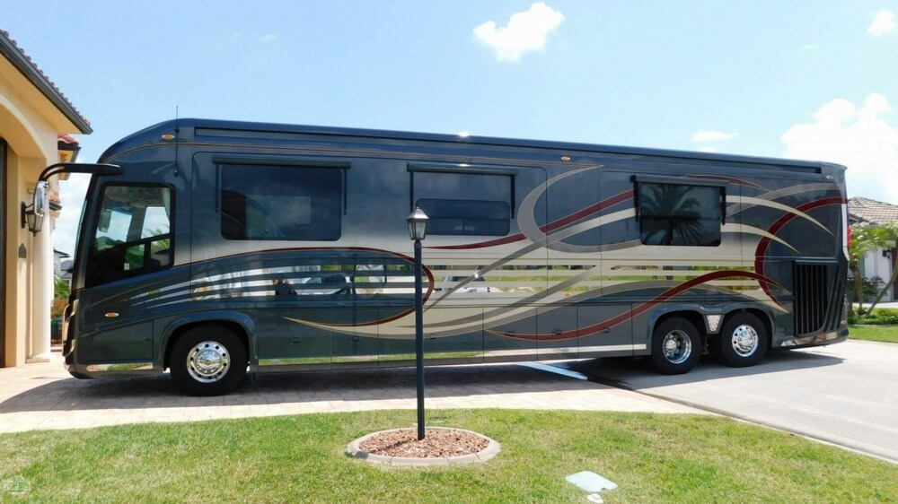2014 Newell Coach 45 Quad Slide For Sale